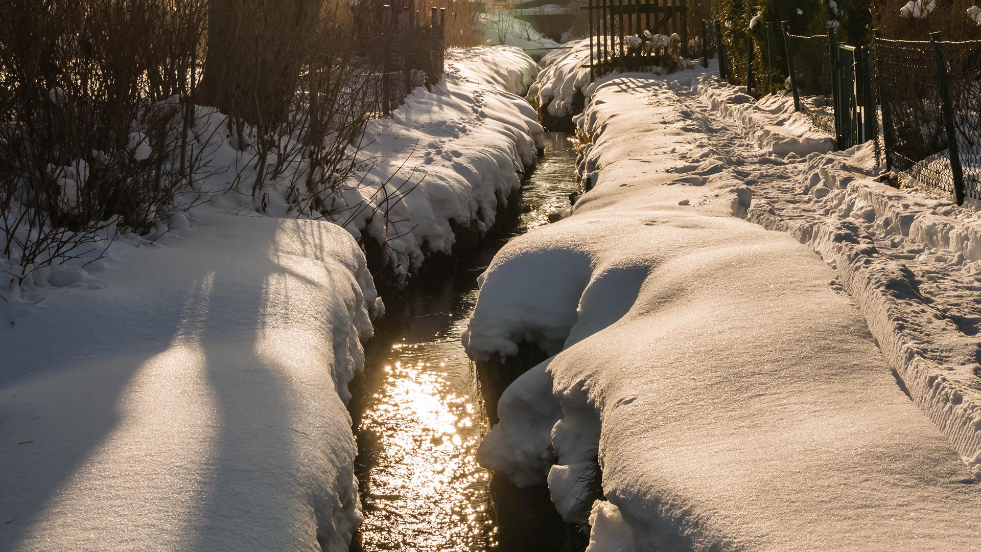 Der Gartenbach im Winter