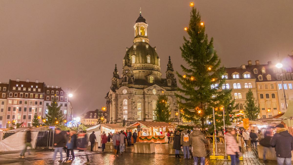Weihnachtsmarkt an der Frauenkirche, Dresden